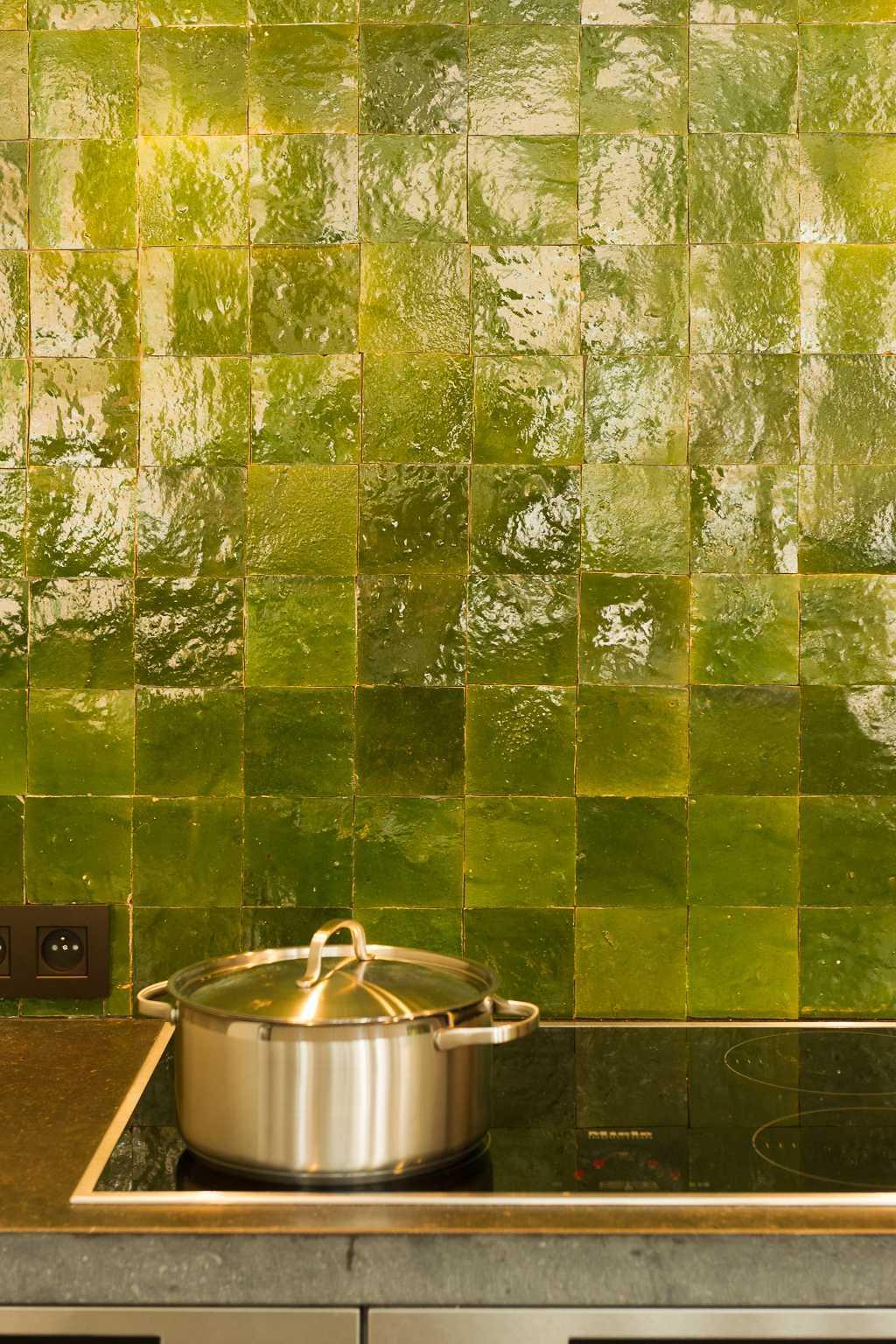 tegels keuken kookpot