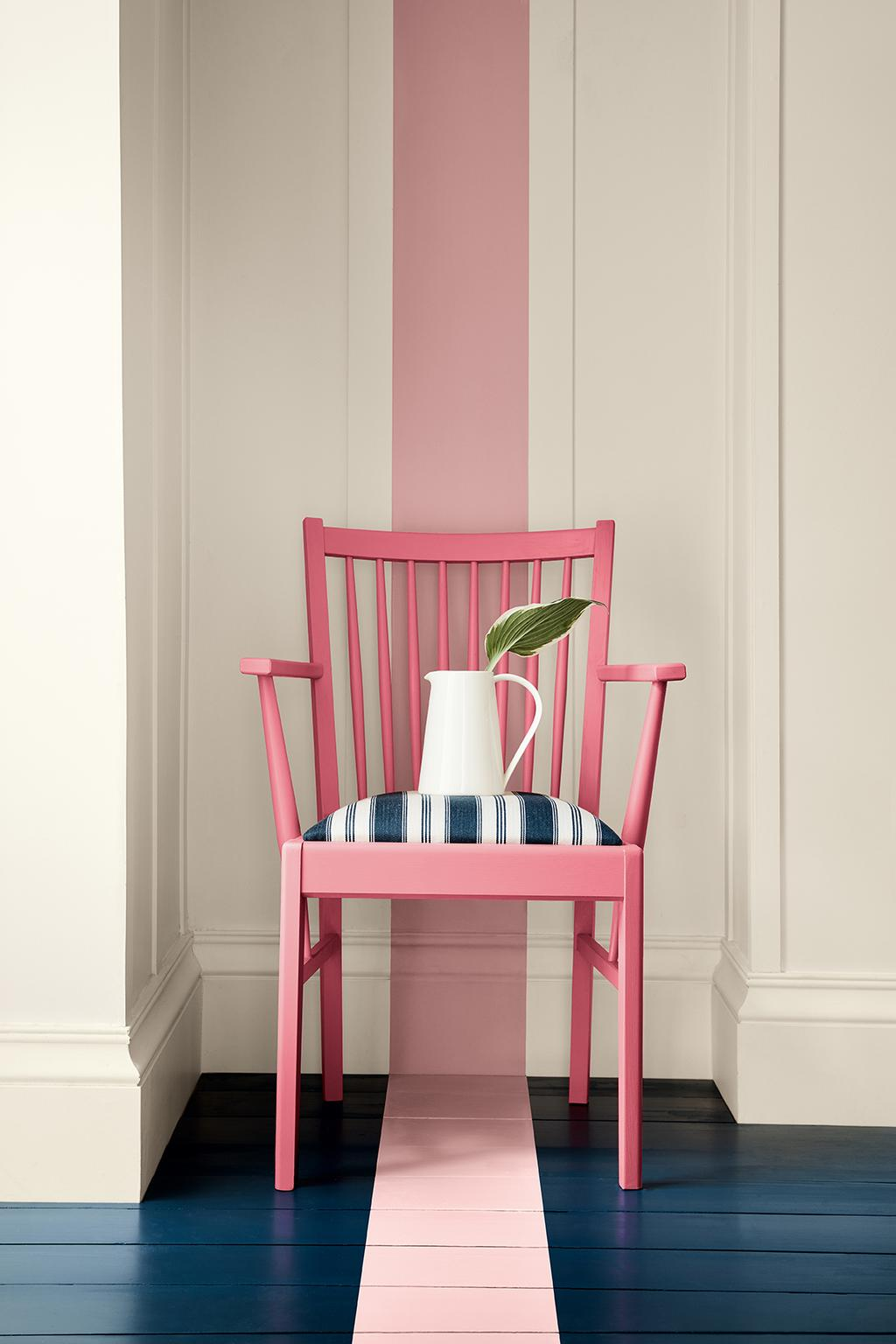 Little Greene roze stoel