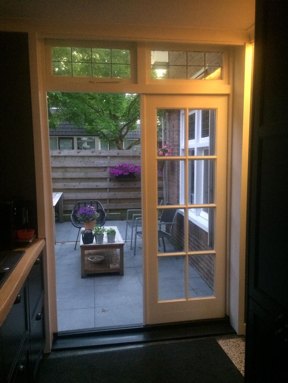openslaande-deuren-via-marktplaats-uit-een-jaren-30-woning-in-haarlem