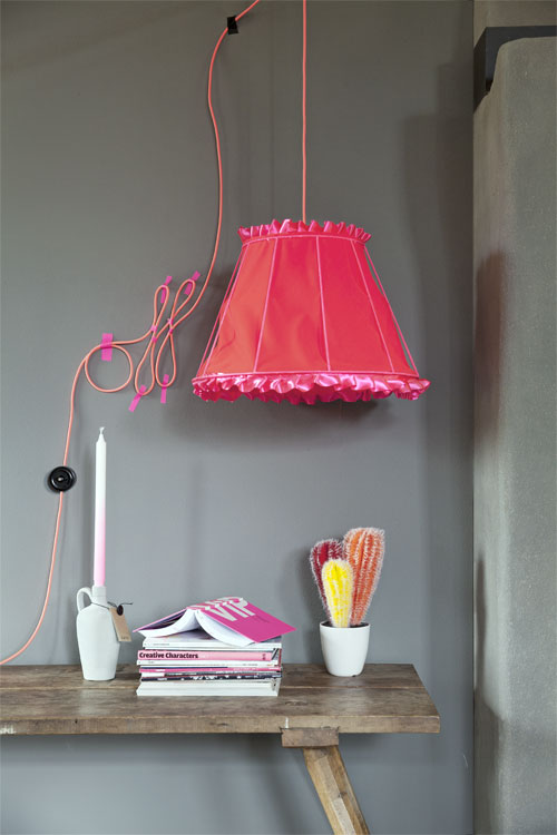 fluor lamp roze