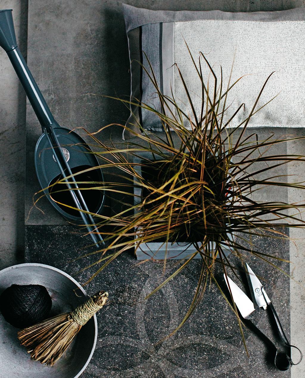 vtwonen tuin special 1 2020 | grijs stenen tegels met motief