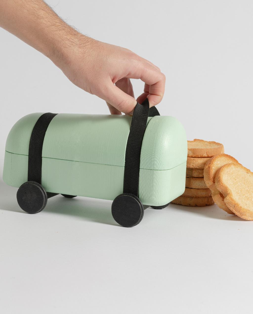 vtwonen blog studentdesign | design voor coronatijden groene broodtrommel op wielen