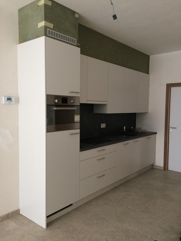 in-september-verhuis-ik-naar-een-nieuw-appartementje-op-deze-foto-kan-je-de-mooie-keuken-zien