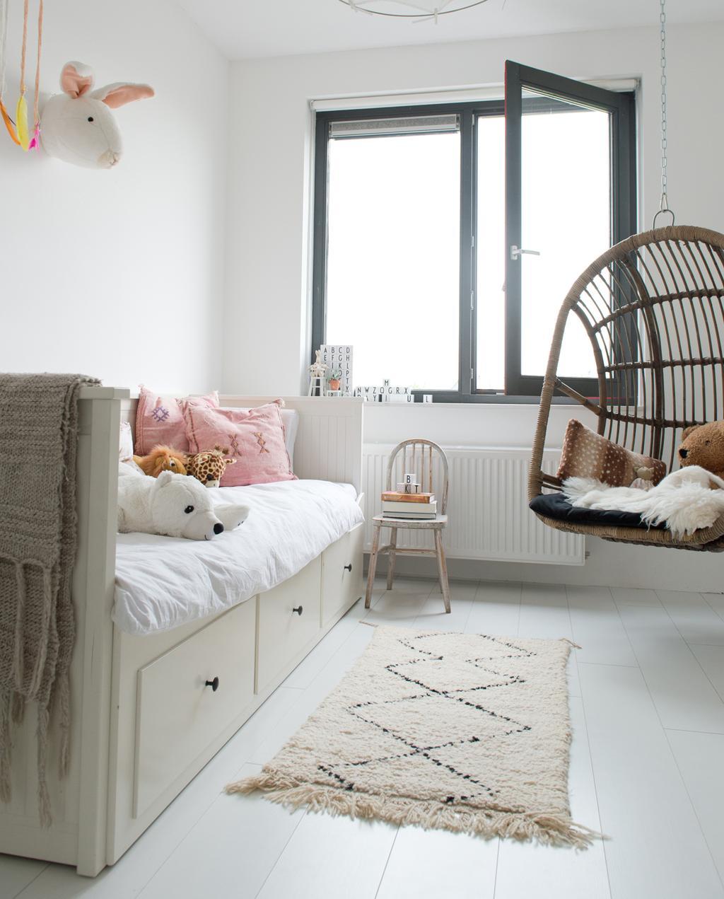 vtwonen 12-2019 binnenkijken special | vrijstaand nieuwbouwhuis in Almere kinderslaapkamer meisje