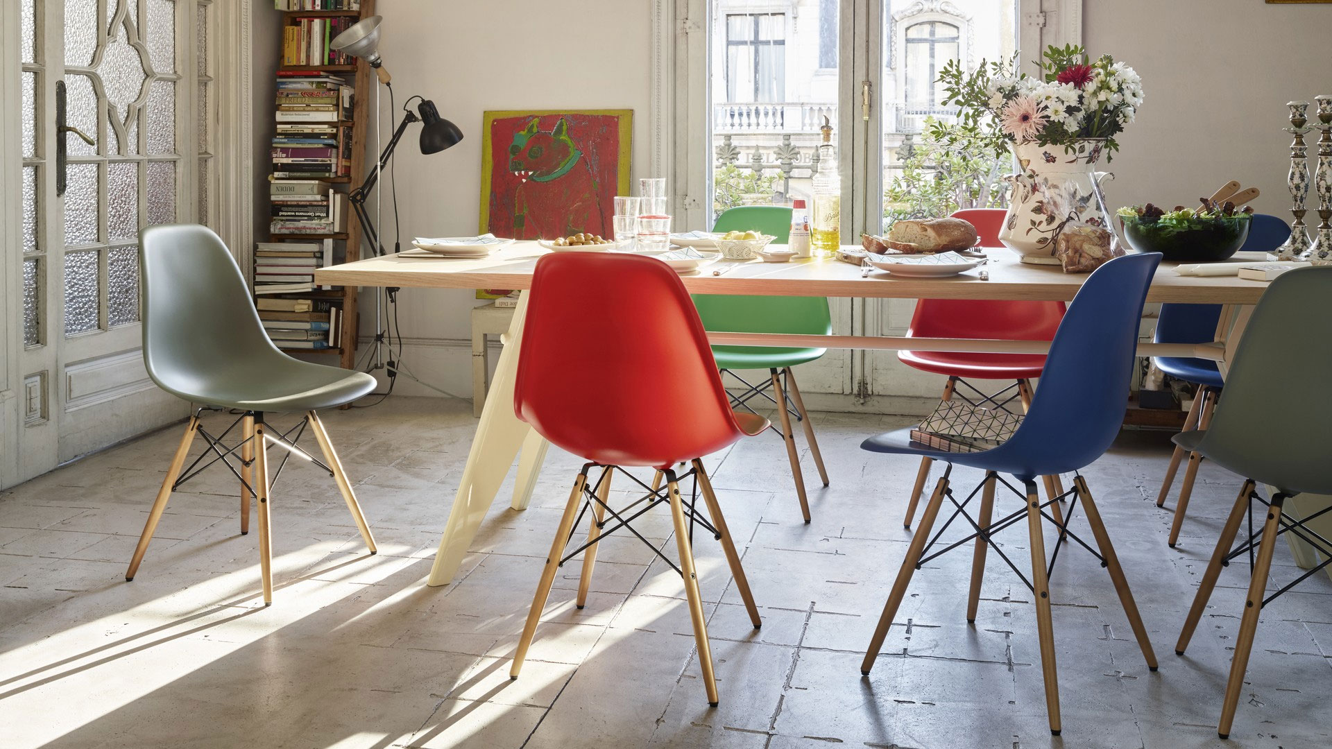 Mix and match: verschillende eetkamerstoelen