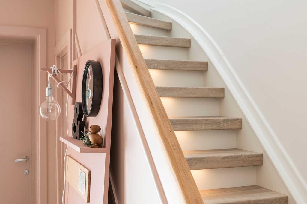 gerenoveerde trap roze veerle dimitri