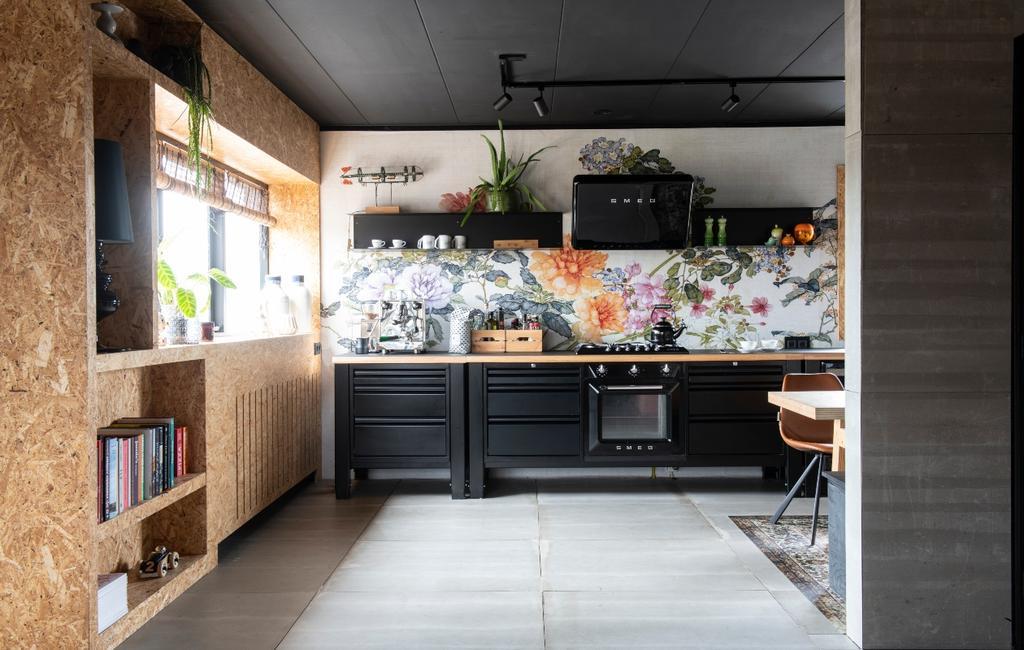vtwonen binnenkijken 03-2020 | binnenkijken Heerhugowaard zwarte keuken