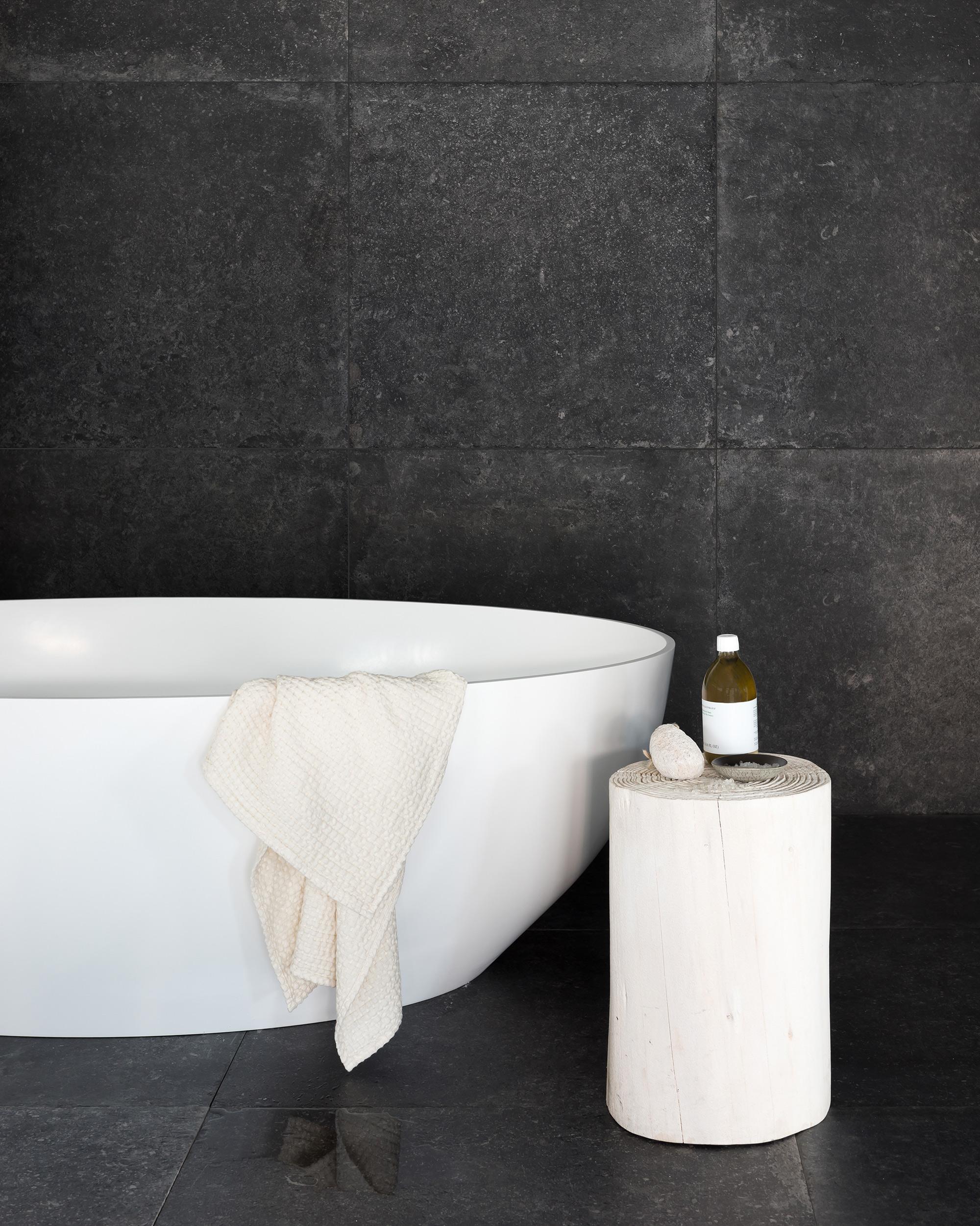 Piet Boon Giant Tile Black