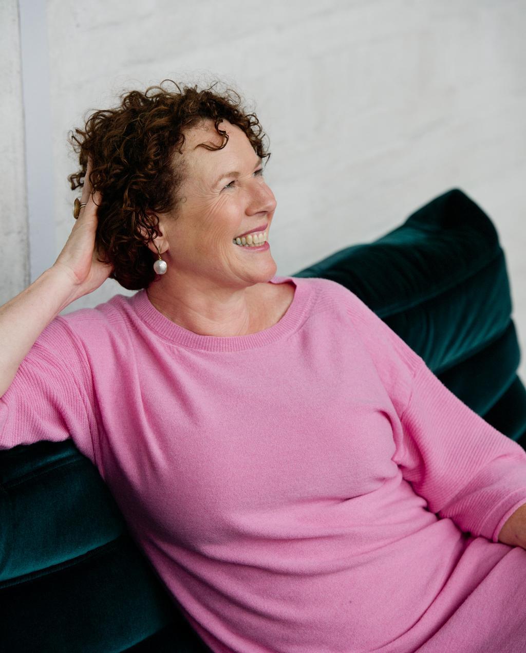 vtwonen weer verliefd op je huis | seizoen 11 aflevering 2 | Marianne Luning in Osdorp