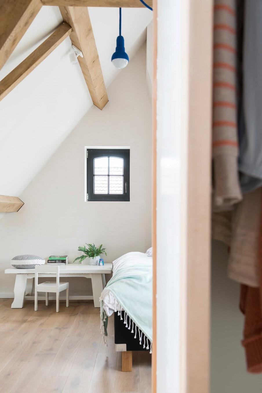 chambre blanc et bois