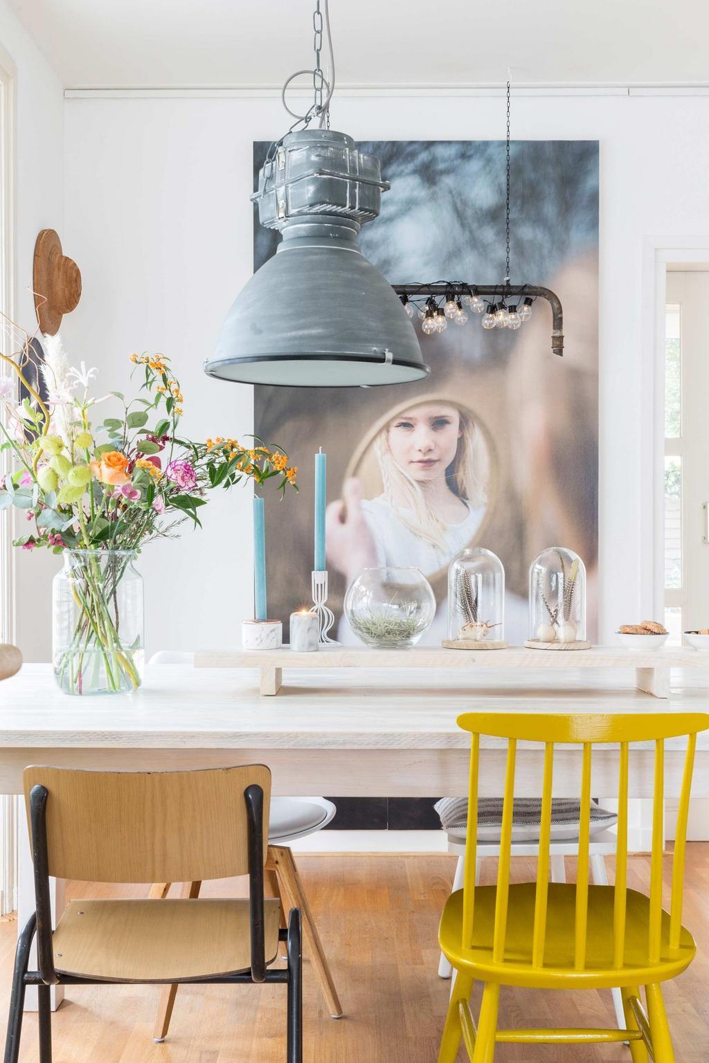 table a manger lampe industrielle