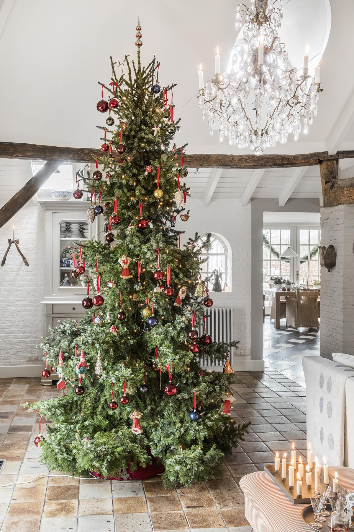kerstbomen rood groot