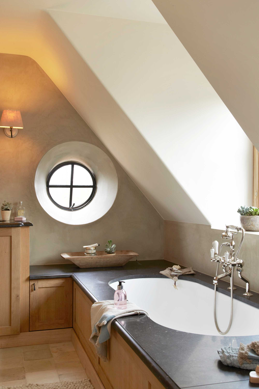 hout badkamer ligbad