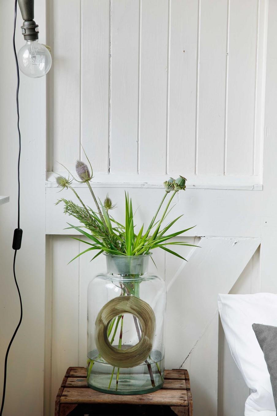 vase table de nuit