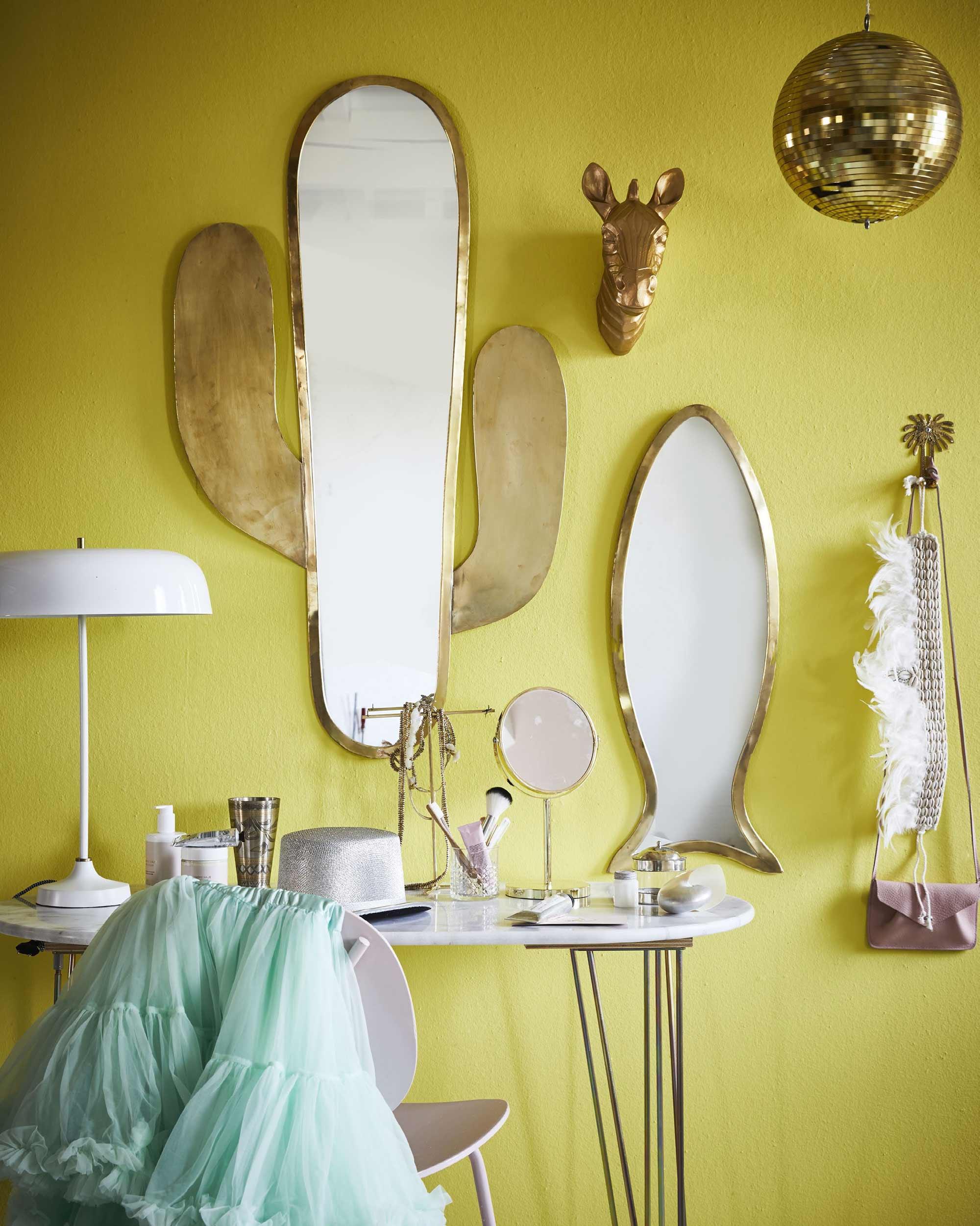 Goude spiegelwand in tienerkamers