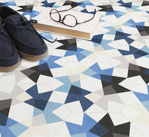 vloer met geometrisch patroon