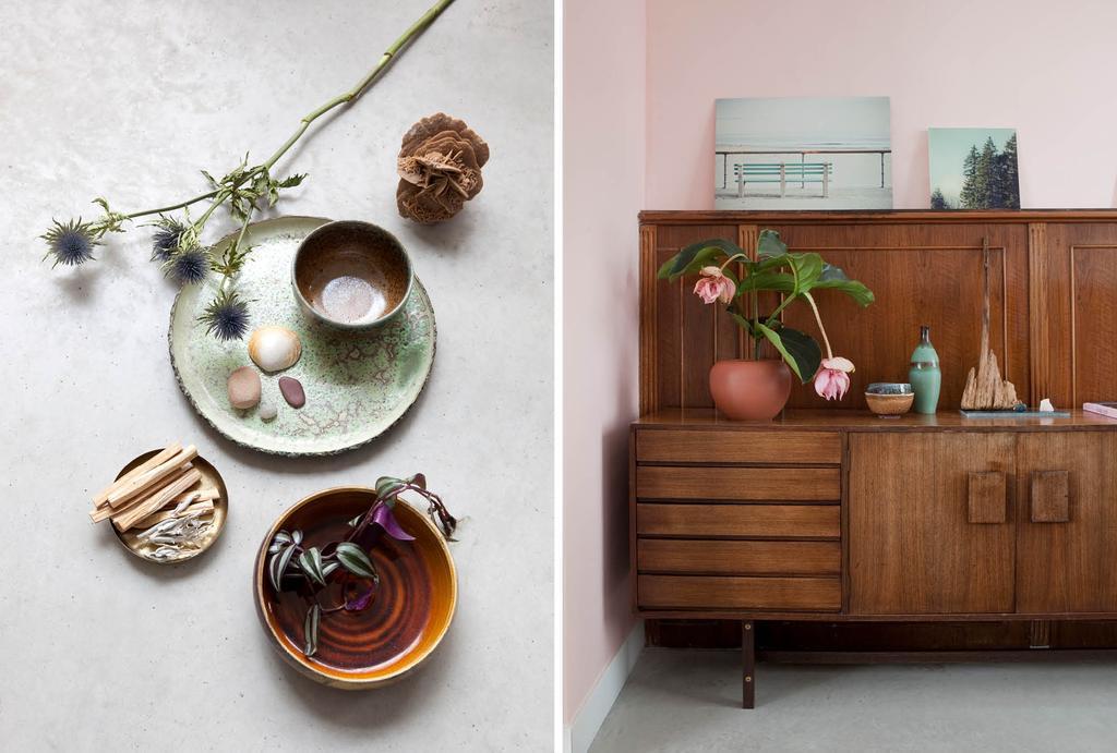 Houten lambrisering met vintage dressoir