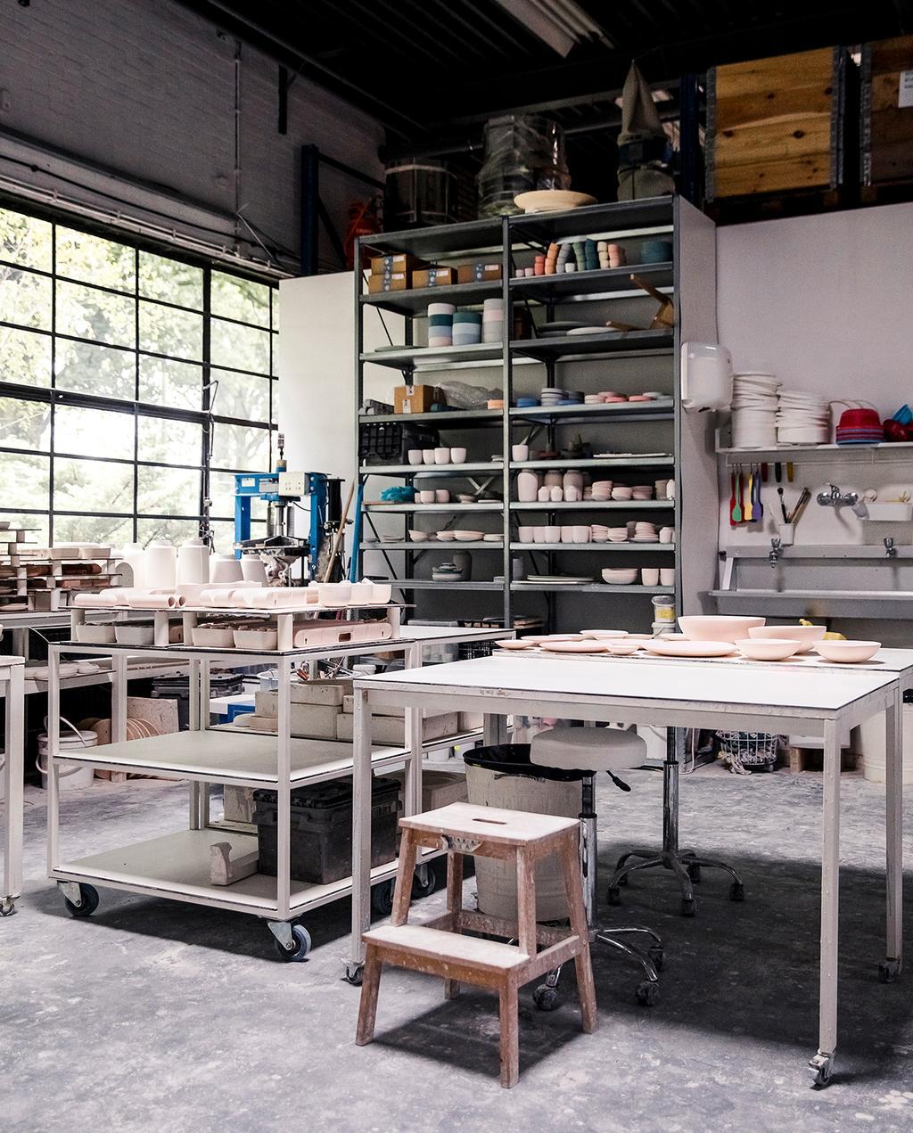 vtwonen DIY special 01 2020 | werkplaats porselein gieten