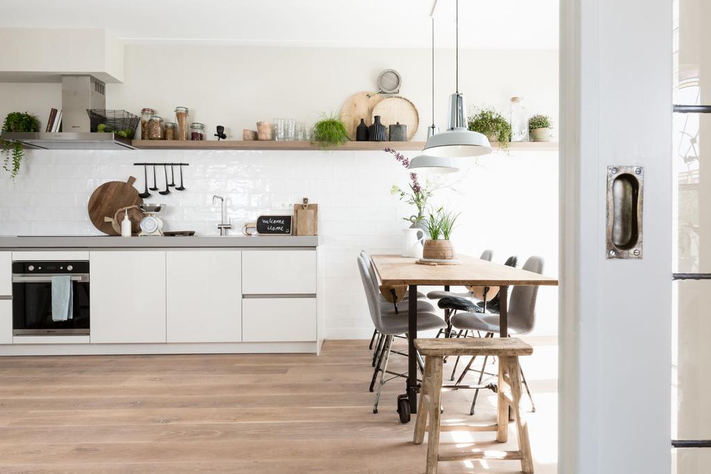 keuken rvs en hout