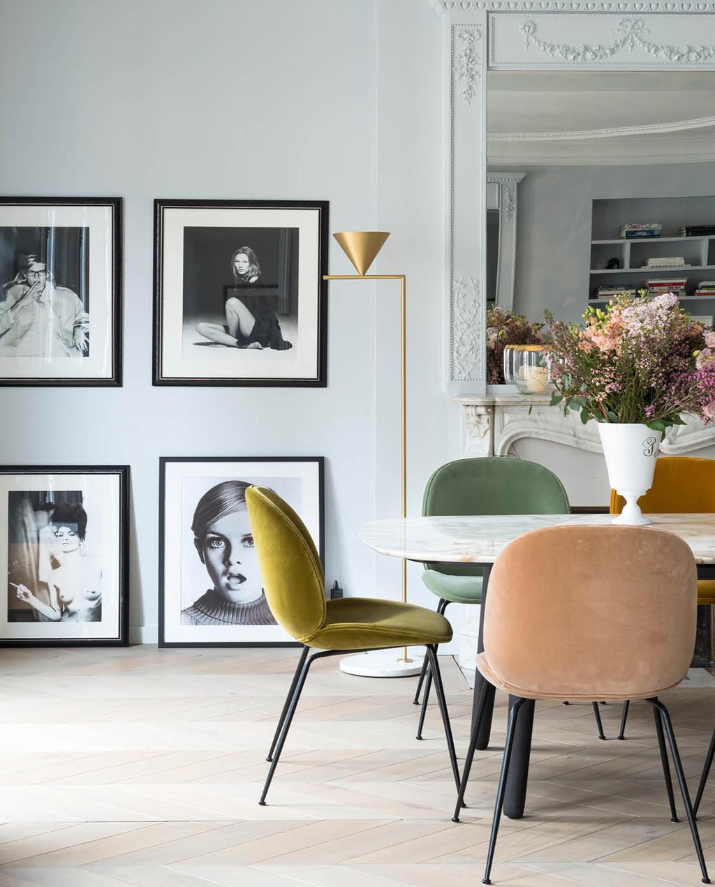 vtwonen 02-2019 | eetkamer stoelen in verschillende kleuren