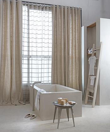 gordijnen in de badkamer