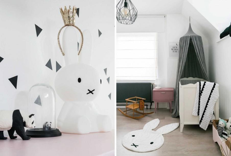 deco noir et blanch chambre bebe et lit bebe gris blanc