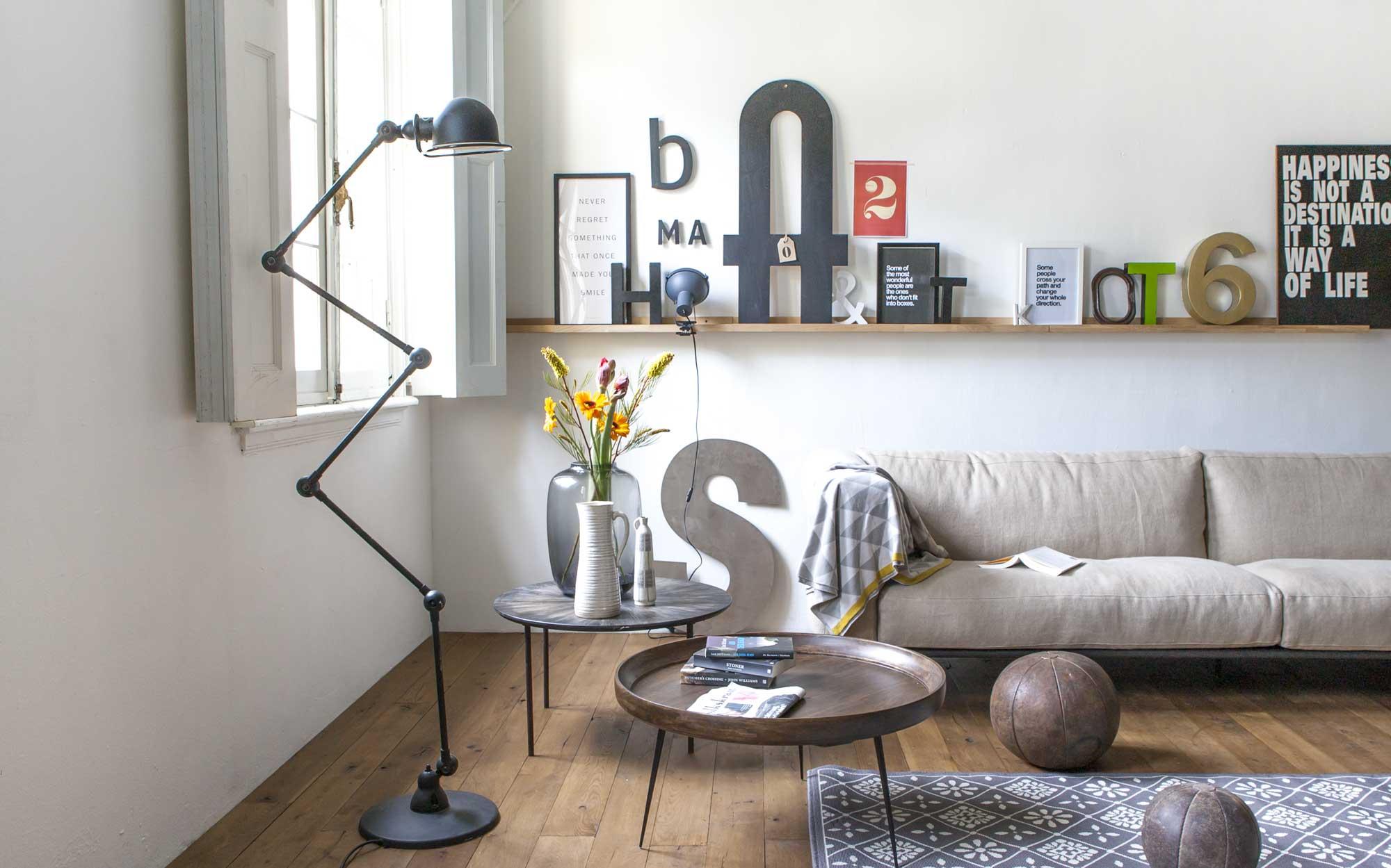 woonkamer-bank-letters-cijfers-lamp