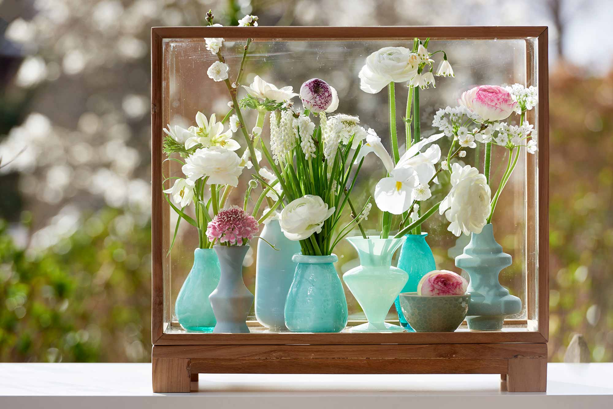 bloemen lente vaasjes