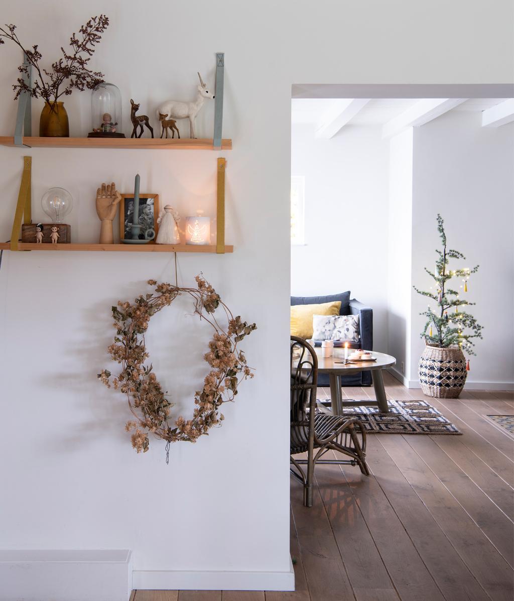 lichte woonkamer | kerstversiering | vtwonen 12-2020