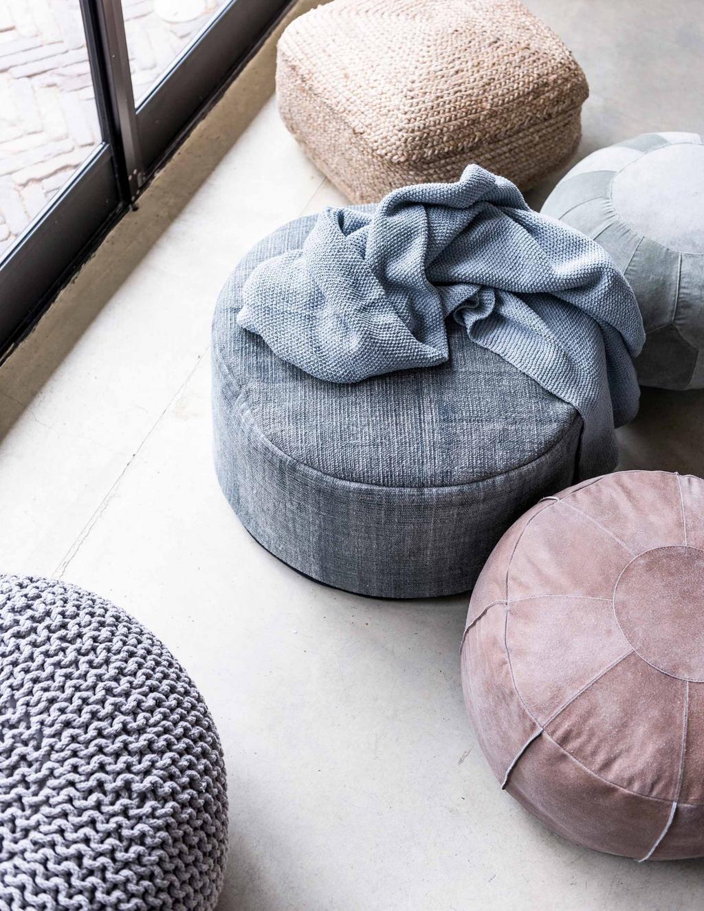 poufs-ronds-différentes-matières-et-couleurs