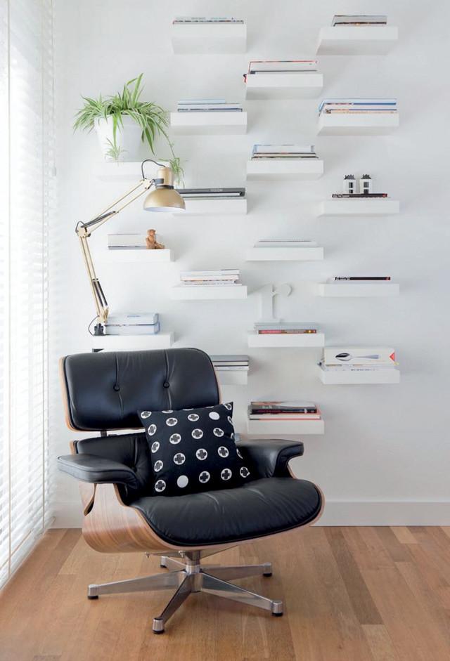 wand van boekenplanken