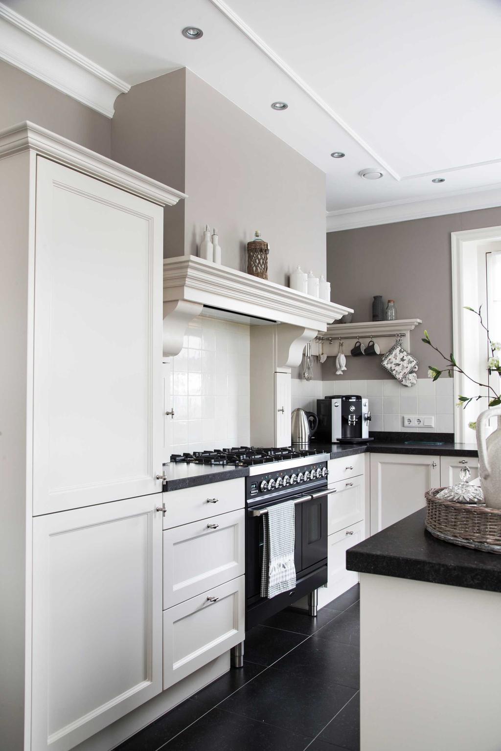 pastoriewoning keuken wit