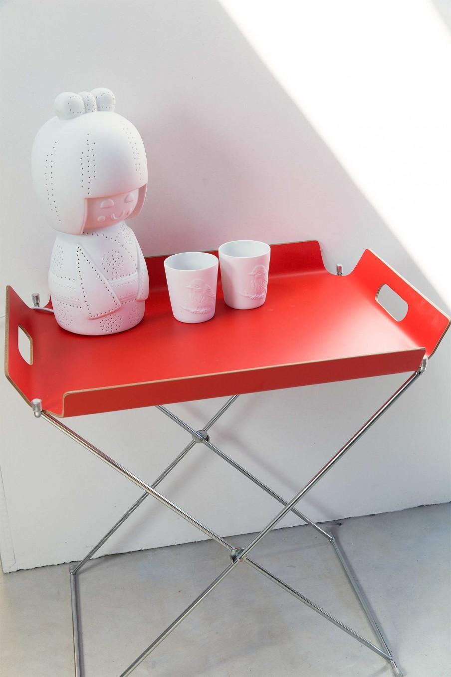 table pliante rouge