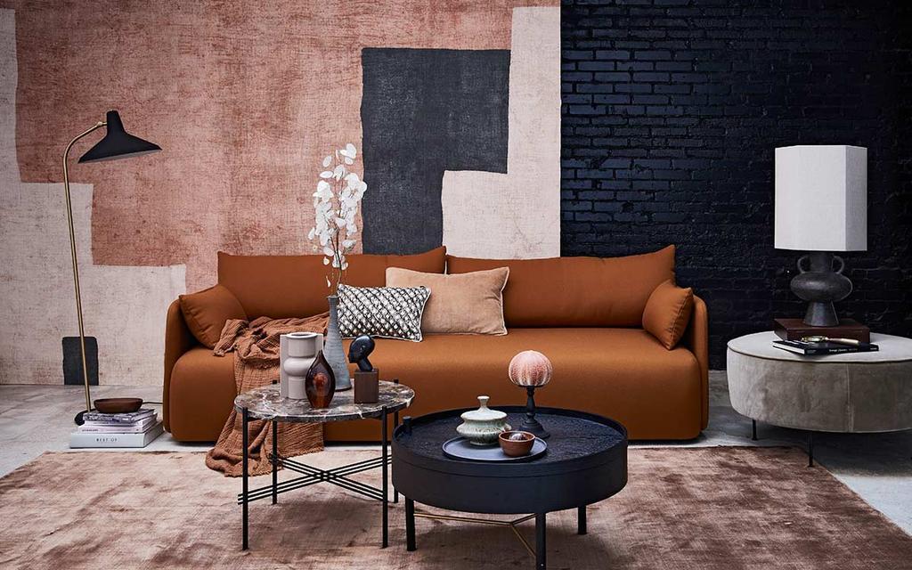 Modern design interieur met warme aardekleuren