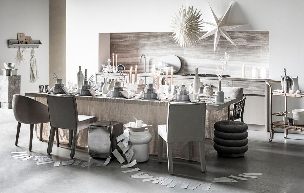 vtwonen 12-2019 | kerst special feestelijk tafelen tafel decoratie eettafel keuken grijs tinten