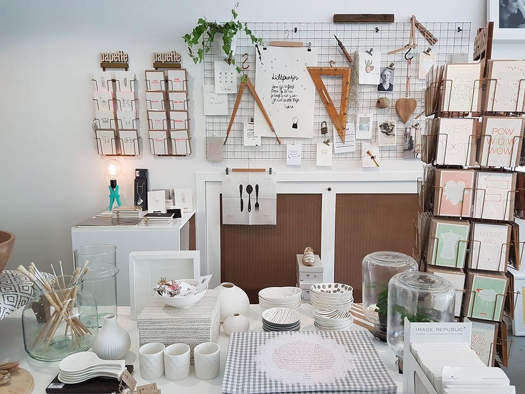 Stationary in Den Atelier van Amandine.