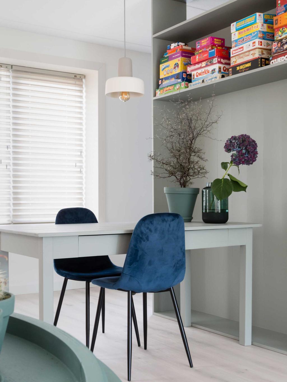 Weer verliefd op je huis seizoen 9 aflevering 12 - Werkplek - Roomdivider annex TV-meubel - vtwonen