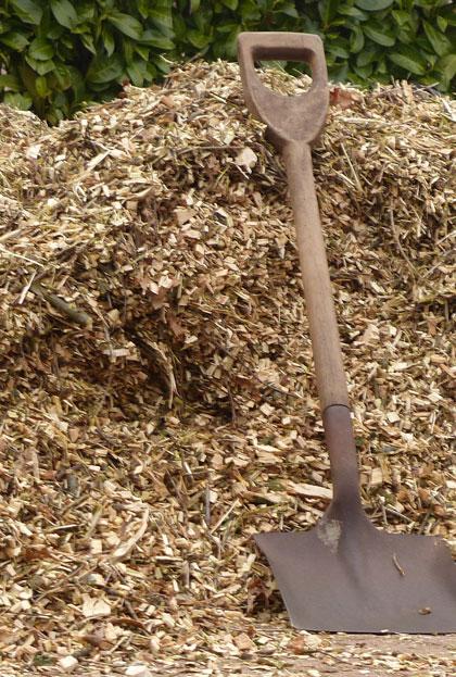 Houtsnippers tuin bodembedekker