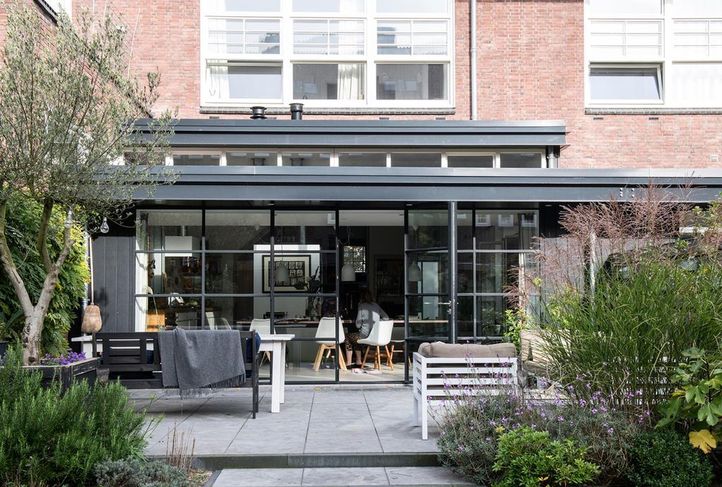 Binnenkijken in een oud schoolgebouw in Amsterdam - vtwonen binnenkijkspecial-24