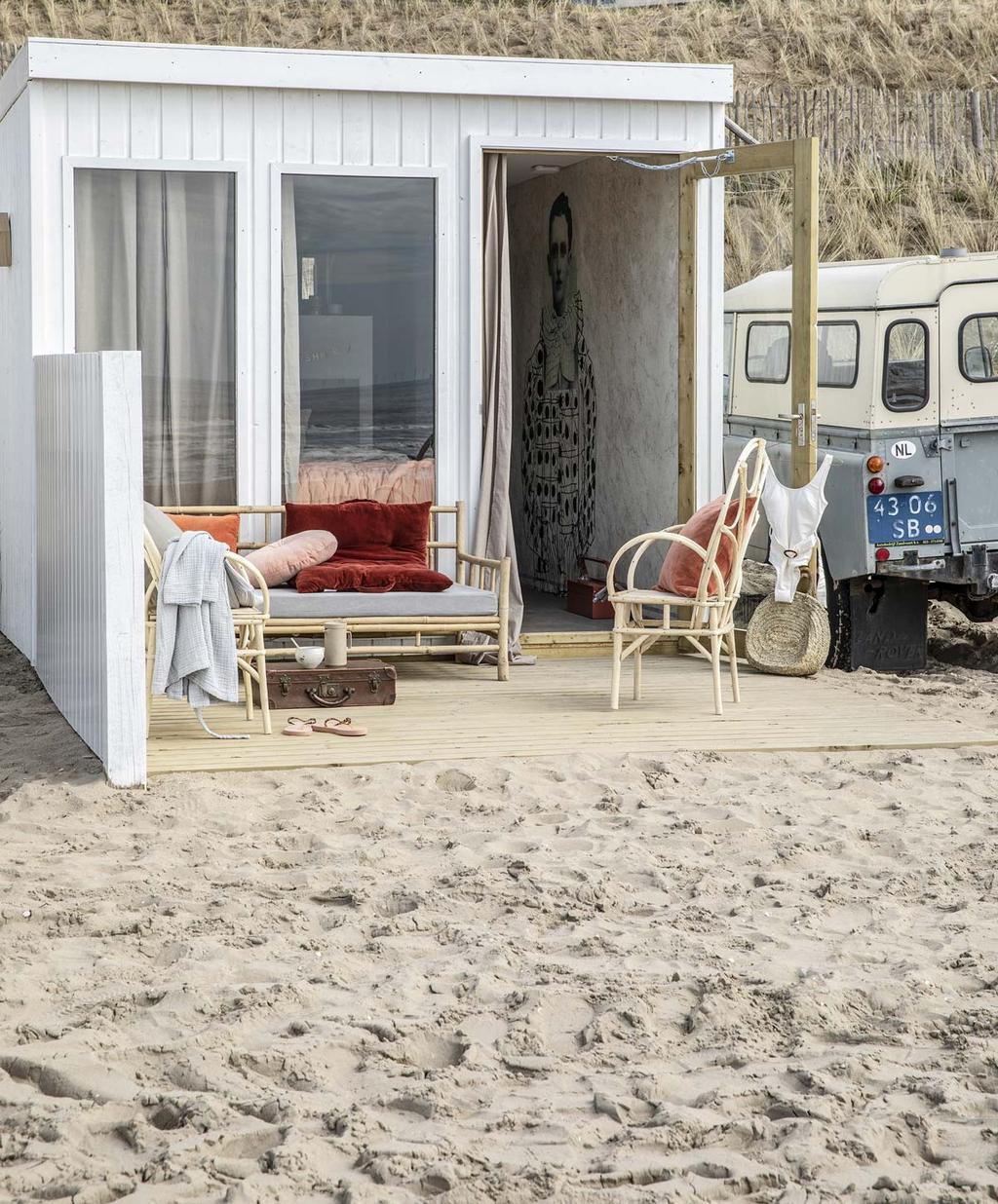 vtwonen strandkamers Ajuma buitenkant terras