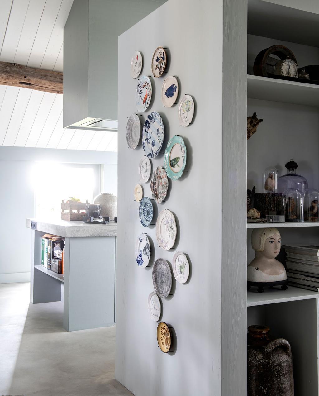 vtwonen 11-2019 | binnenkijker s'Gravenmoer muur borden