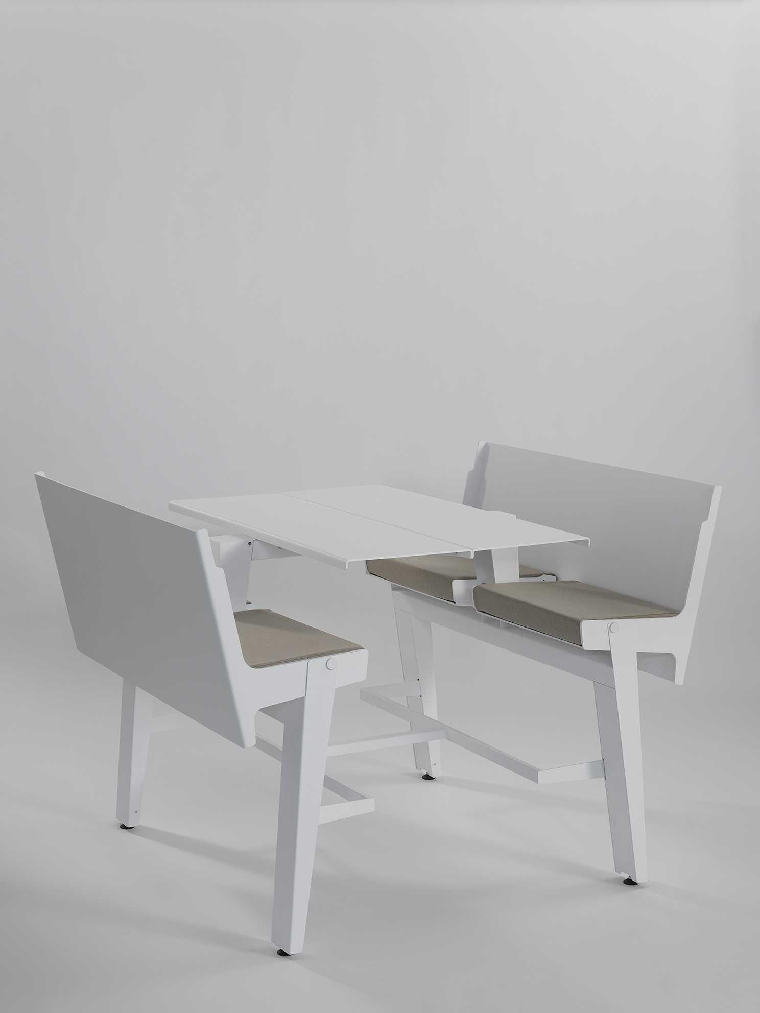 decapo table 07