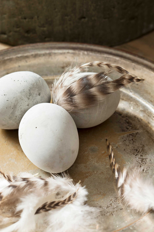 Betonnen eieren schaal Kristel van Leeuwen