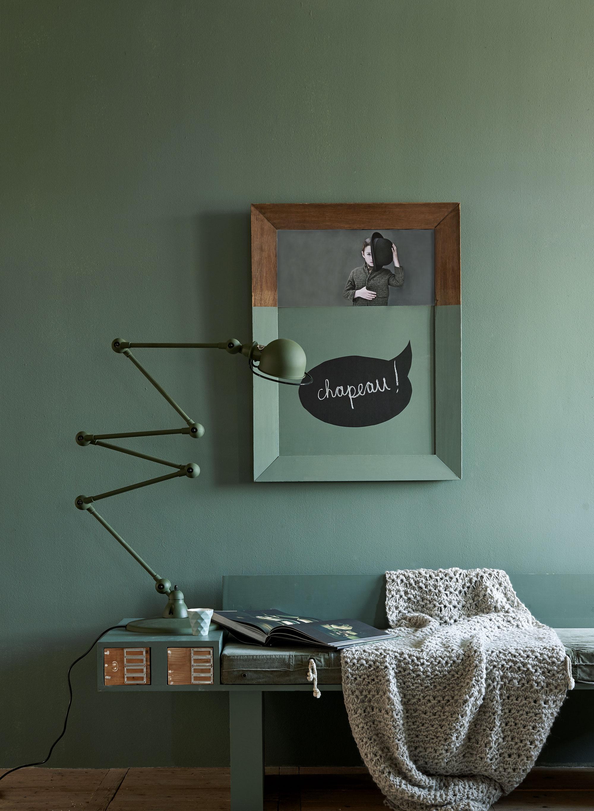Groene muurverf en muursticker vtwonen