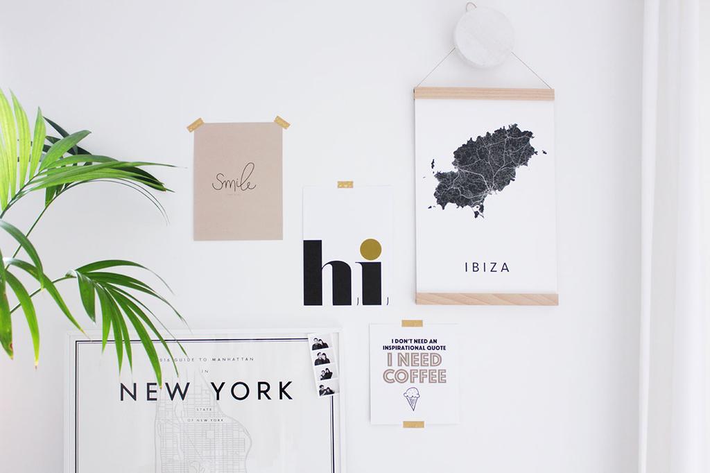 vtwonen posterboek poster styling met plakband aan muur