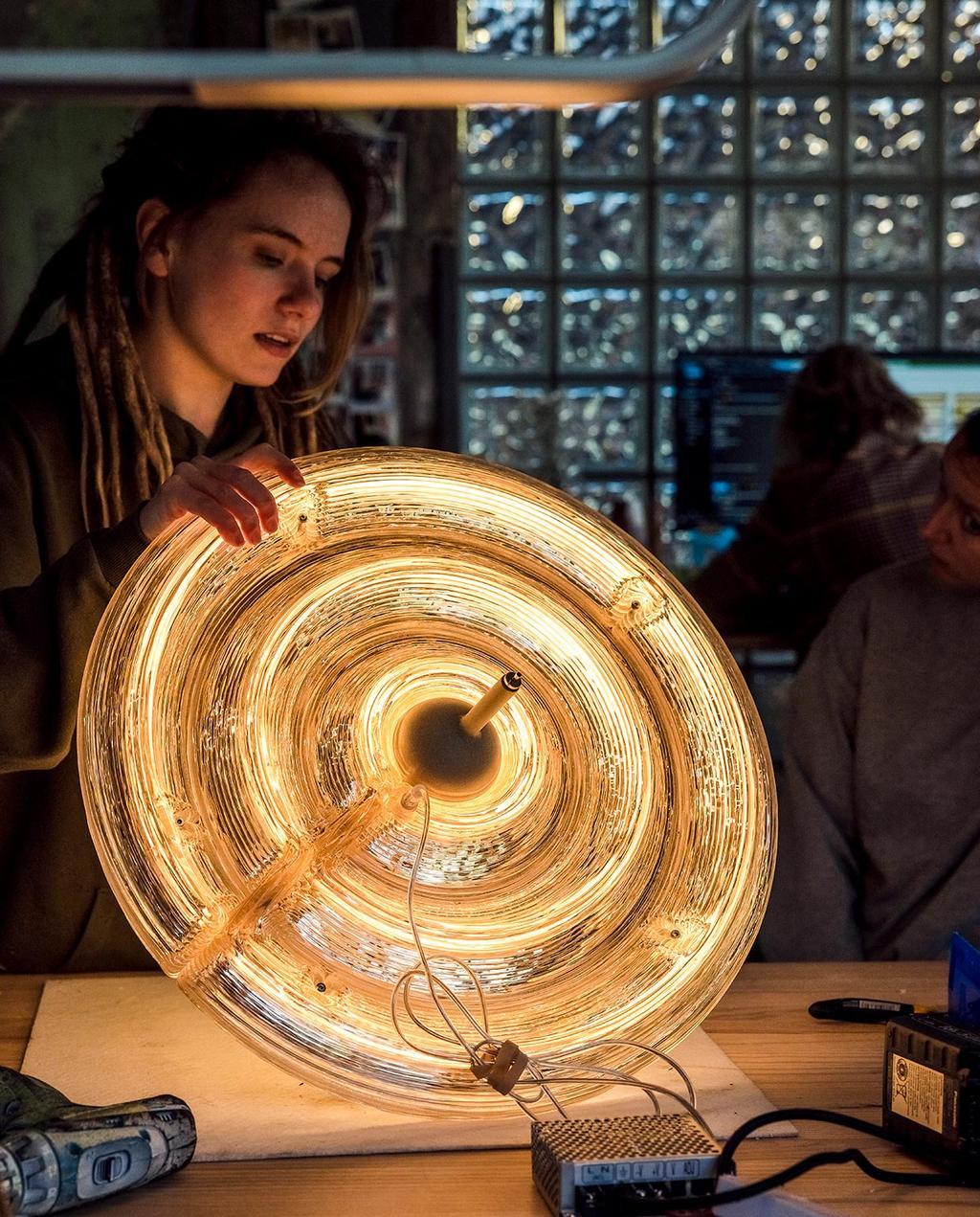 vtwonen 07-2021   opgeblazen Bloown lamp