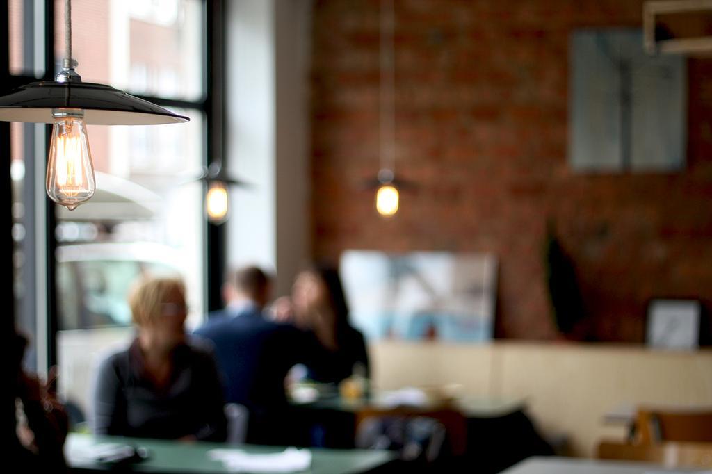 bar stan lamp