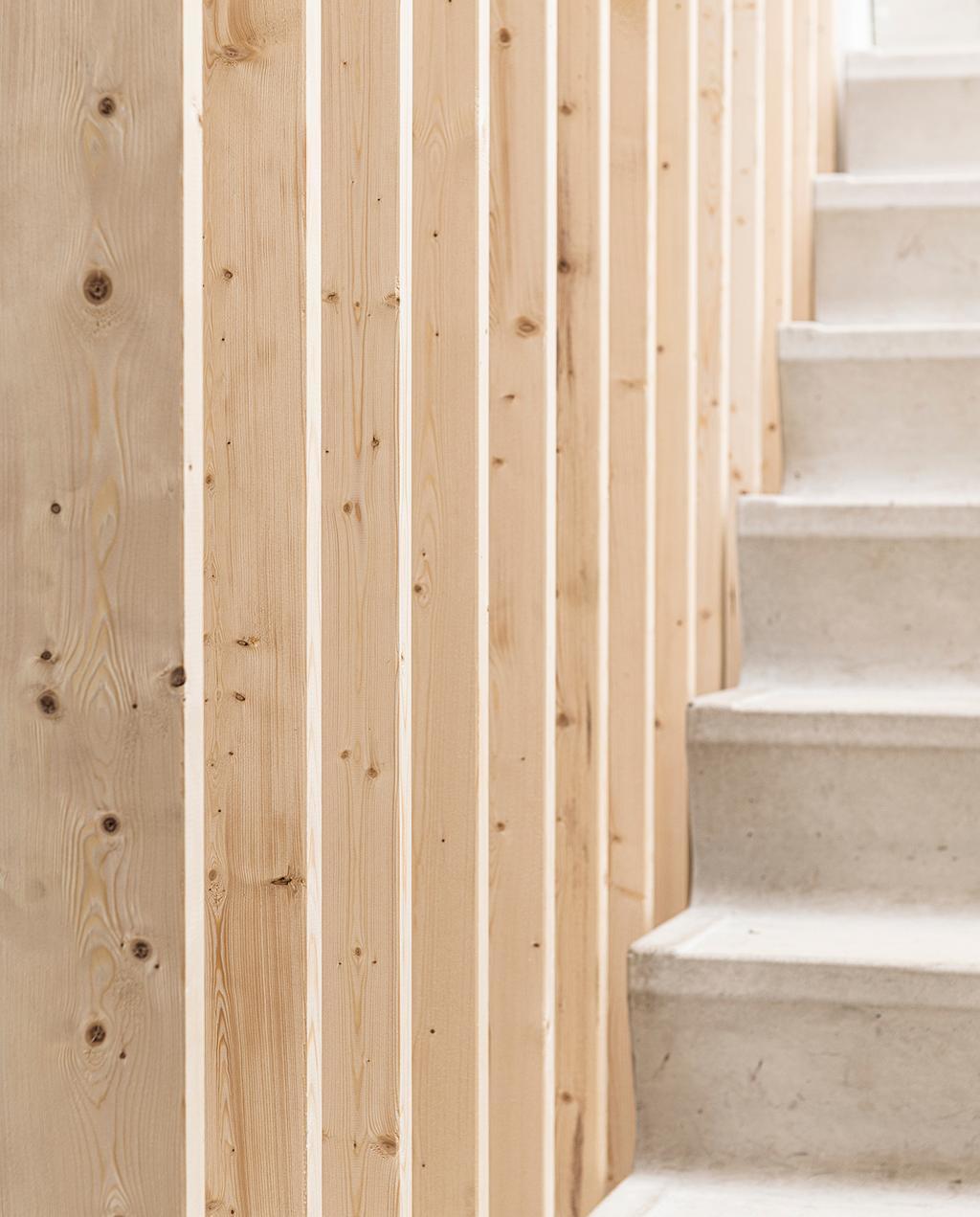 vtwonen 2020 DIY special 01 | room divider trap betonnen traptreden
