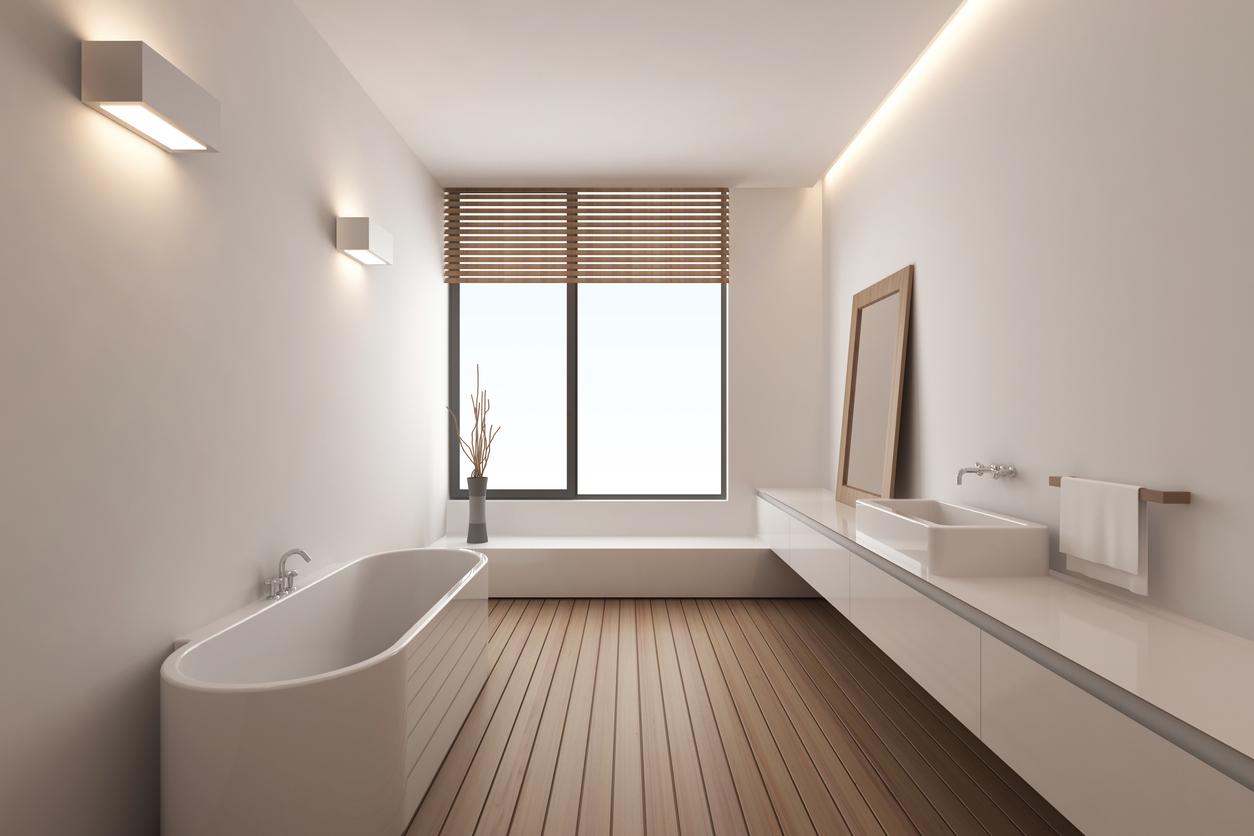 badkamer vrijstaand bad houten vloer