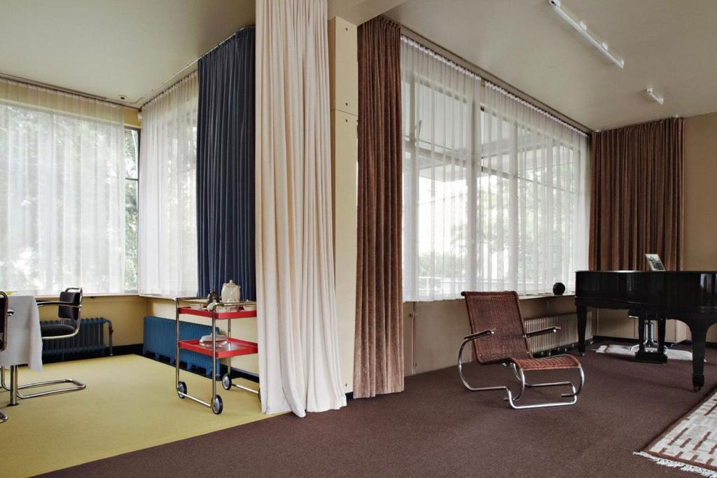 Marmoleum vloer jaren 30 huis huis sonnebeld